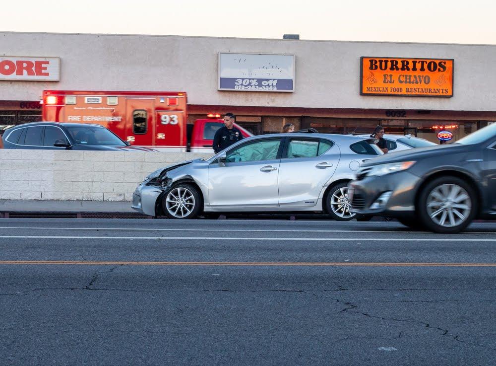 Spring Valley, NV - Crash with Injuries at Jones Blvd & Desert Inn Rd Int