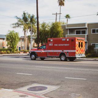 Paradise, NV - Injury Crash at S Eastern Ave & E Maule Ave Intersection